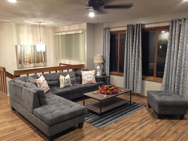 Charming Bi-level Poconos Home