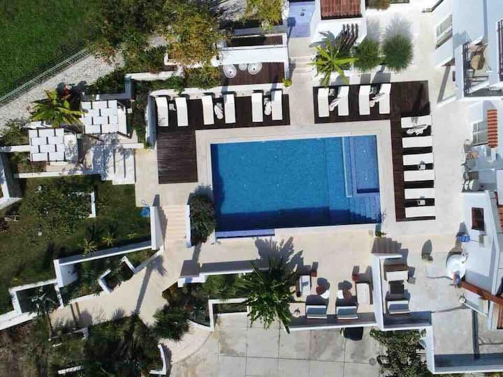 SG 9 - Modern studio apt. in the heart of Ulcinj