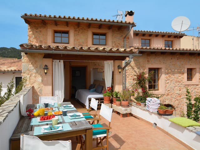 15% OFFER - BOOK NOW - Mallorca traditional stone village house