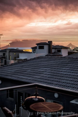 Table Mountain sunset from the private balcony