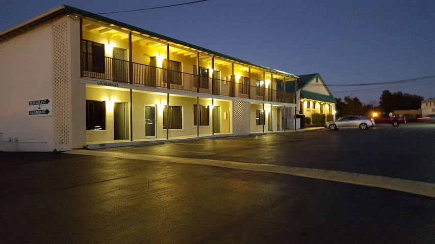 Econo Lodge - Conway - Penzion (B&B)