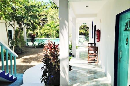 Casa Azul, hotelito Holbox 1st room