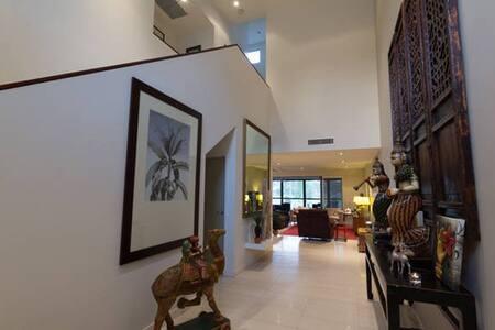 Executive Golf course - Sanctuary Cove - 2 bedroom - Hope Island - Řadový dům