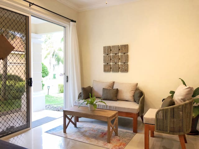 Room 3 in LenaHouse: amazing sea view, cozy stay