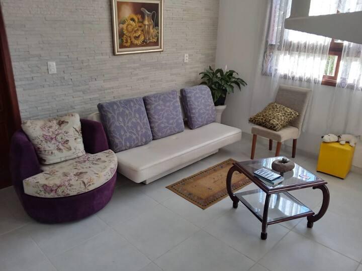 Casa agradável com grande espaço em Canoas/ RS