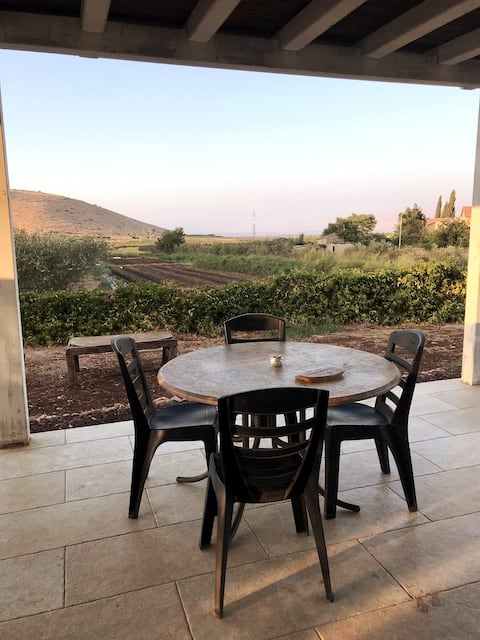 Huge 2 bedroom apartment on a lovely organic farm