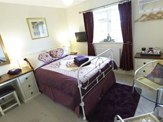 Double Room at Wayside B&B