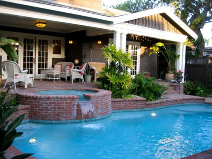Coronado Classic Craftsman Spacious Summer Home