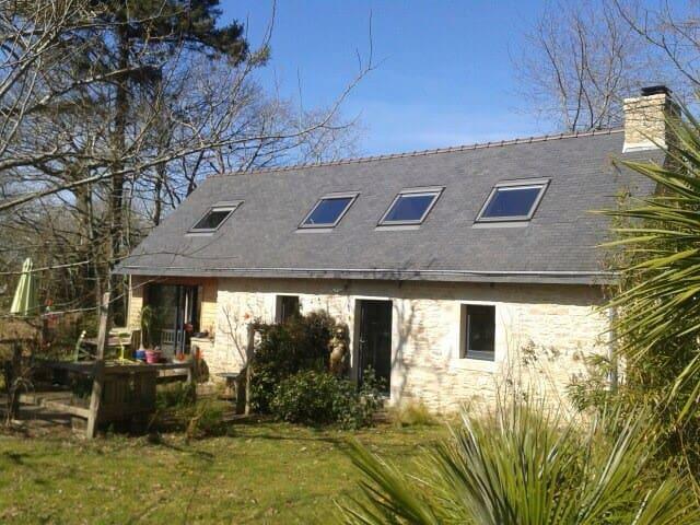 Maison en pierre et bois - Riec-sur-Bélon - Hus