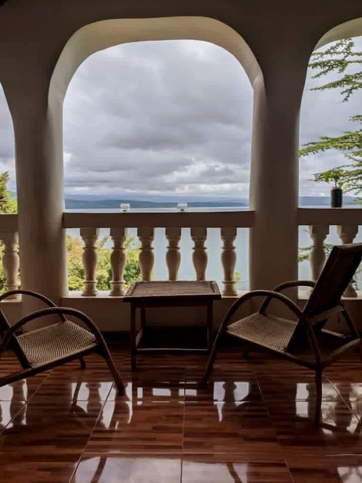 Gorgeous Hideout | Our Green Kivu Home