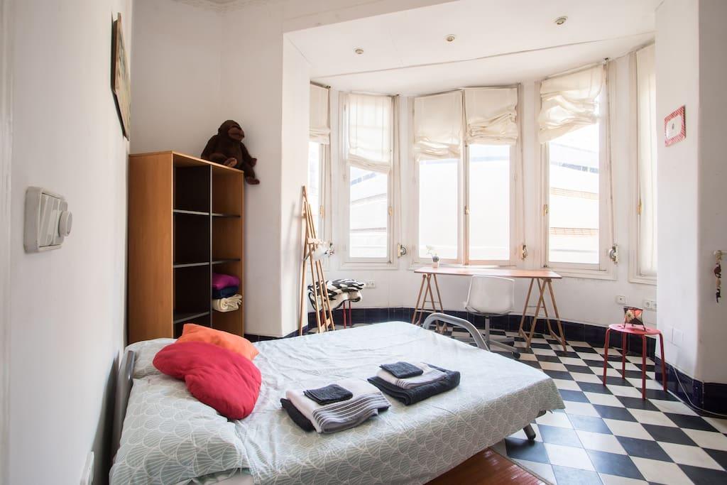 Habitaci n bohemia en canalejas bed breakfasts en alquiler en alicante comunidad valenciana - Alquilo habitacion en alicante ...