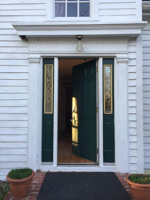 Front entry thru gardens.