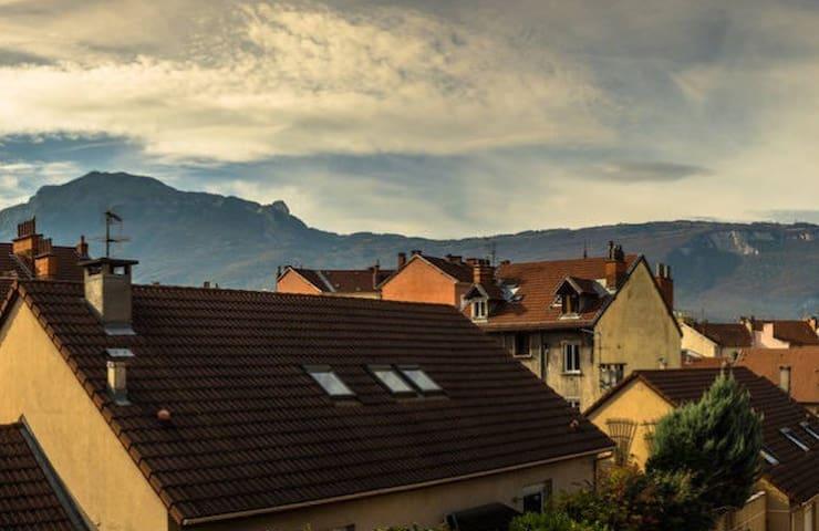 Studio 19m² sur l'avenue la plus longue de France - Grenoble - Apartmen