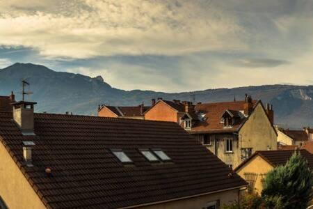 Studio 19m² sur l'avenue la plus longue de France - Grenoble - Lägenhet