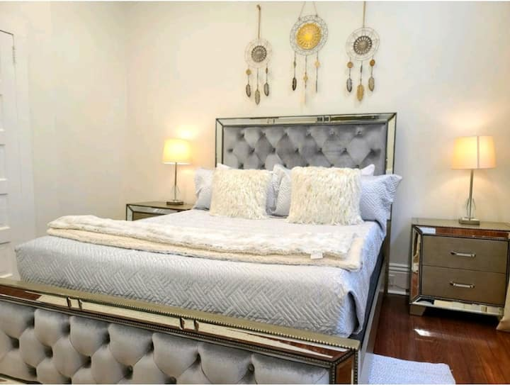 Platinum Gold Historic New Orleans Home 7min to FQ