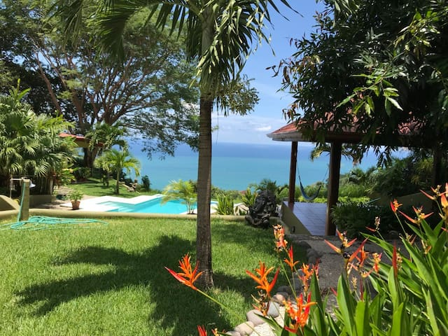 Montezuma Ocean View - Romantic, Relaxing Luxury