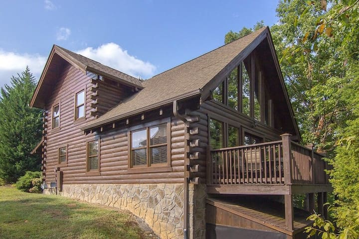 Come stay at our Smoky Mountain Escape! - Pigeon Forge - House