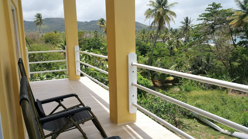 Tobago apartment in front the beach - Scarborough - Apartemen