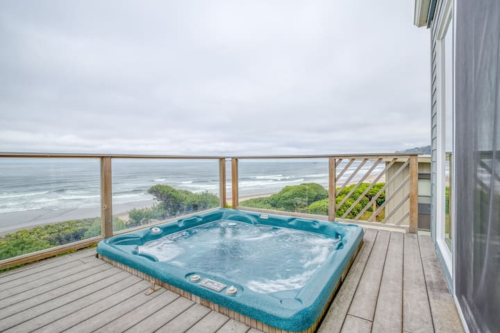 North Jetty House - Oceanfront Home with Hot Tub. Just Steps to the Beach!