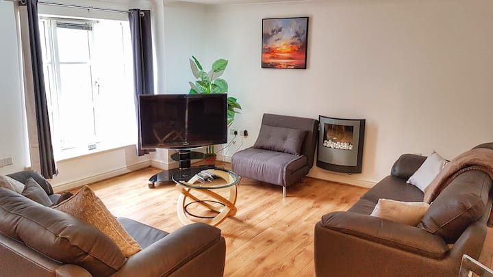 Bookbinders 2: Large & Central Apartment in Leeds