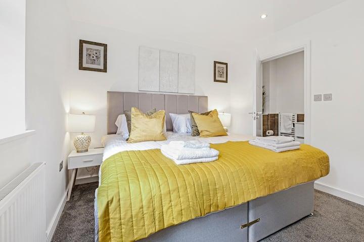 St Martins Apartments Luxury 2 bedroom Apt A