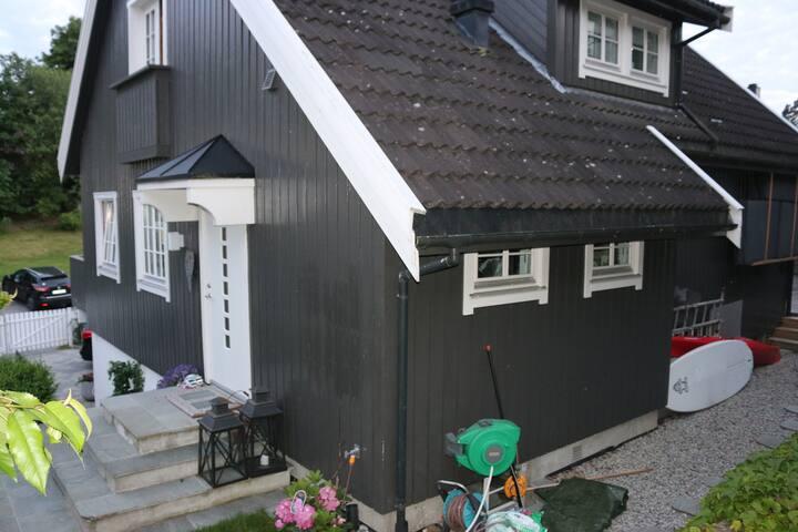 Elegant and spacious home, Snarøya, close to Oslo - Bærum - Ev