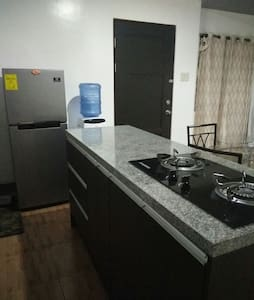 SPACIOUS APARTMENT NEAR SM MALL - Davao City - Apartemen