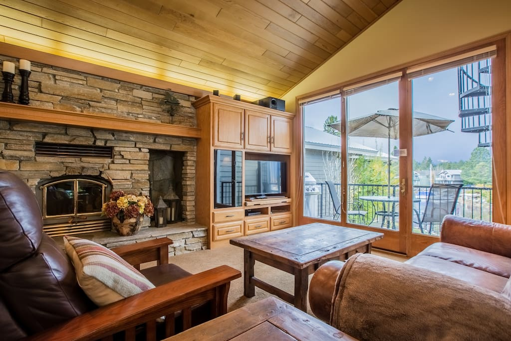 Watch the HDTV or stare out the large windows that face the Keys waterway and Mt. Tallac
