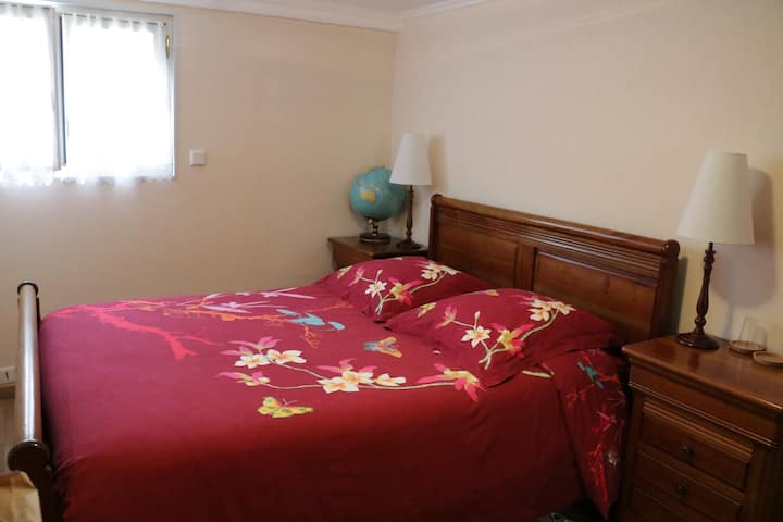 Private room, close CDG airport and Parc des Expos