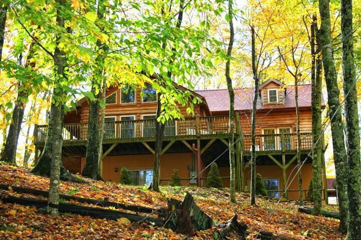 Imagine, log home nr.Asheville &ski-ing
