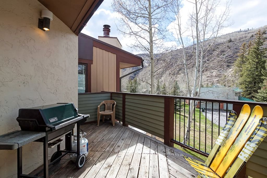 Spend time on the deck with seating for 2 and a gas grill.
