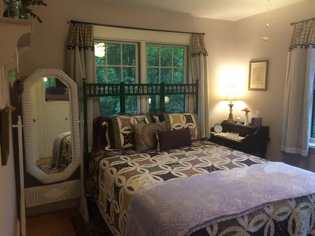 Private junior suite loaded with sunlight & charm!