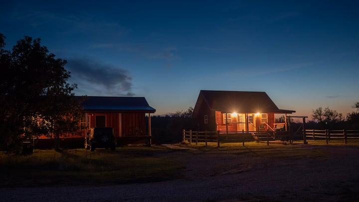 Kara Creek Ranch - King Bed Cabin