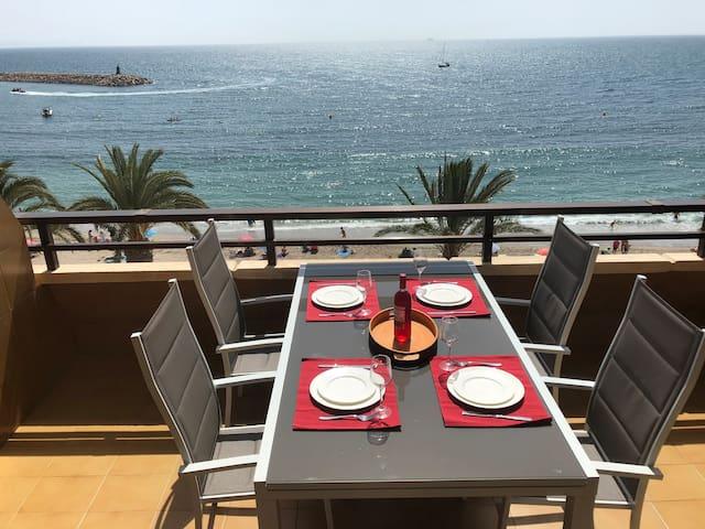 Luxury apartment on the beachfront