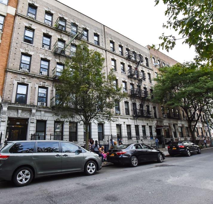 The emerald appartamenti in affitto a new york new york for Appartamenti in affitto per vacanze a new york