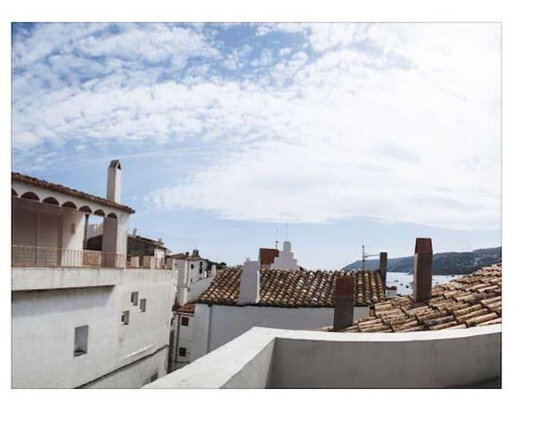 Casa de pueblo totalmente reformada - Cadaqués