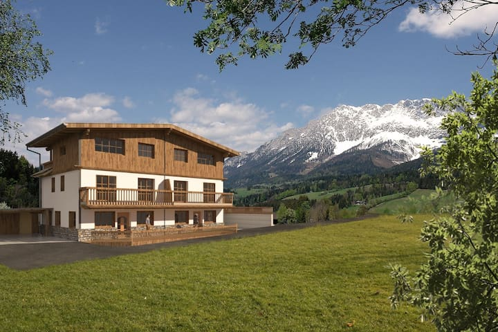 Luxury villa with jacuzzi and breathtaking view of the Wilder Kaiser in Ellmau