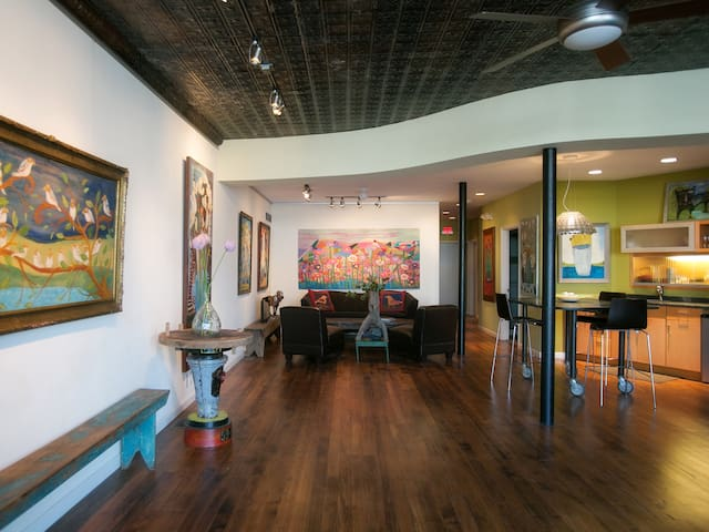 Gallery Getaway by Forest Park & The Hill - St. Louis - Appartement