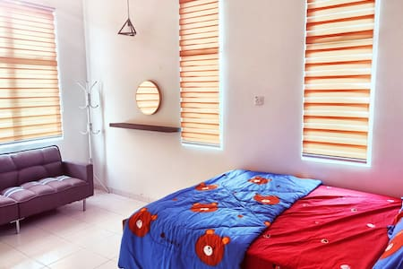HOMESTAY NEWLY RENOVATED 2R2B FOR 6 GUEST