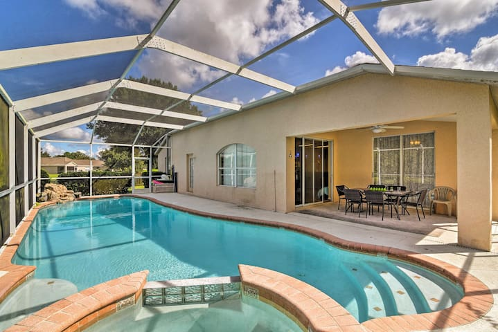 NEW! Wesley Chapel Home w/Lanai & Screened-in Pool