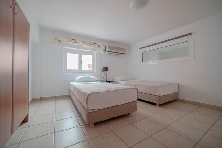Υπνοδωμάτιο Νο2 - Bedroom No2