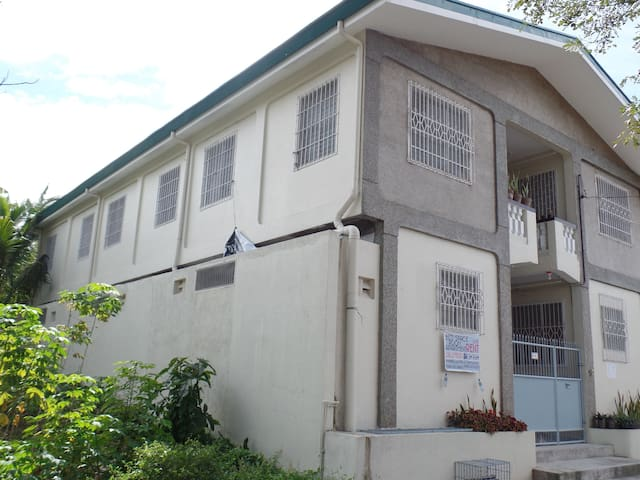 3BR, 2T&B Apartment with WiFi; inside Subdivision - San Jose del Monte City - Wohnung