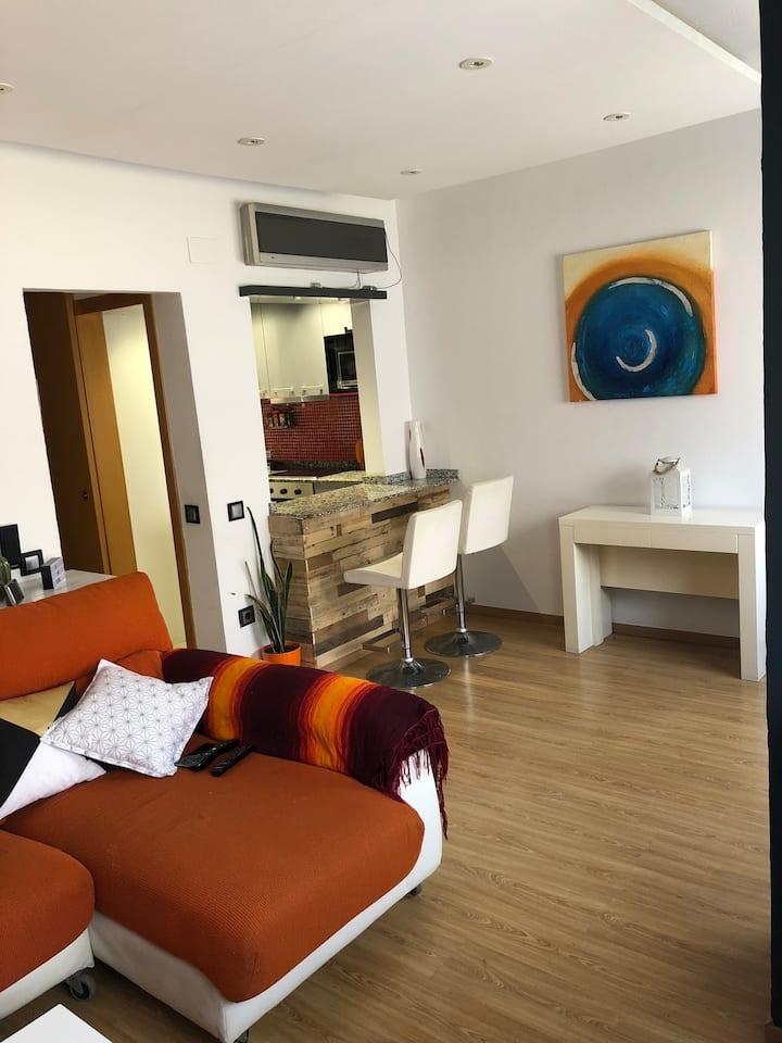 Confortable habitación cerca del AEROPUERTO Y FIRA