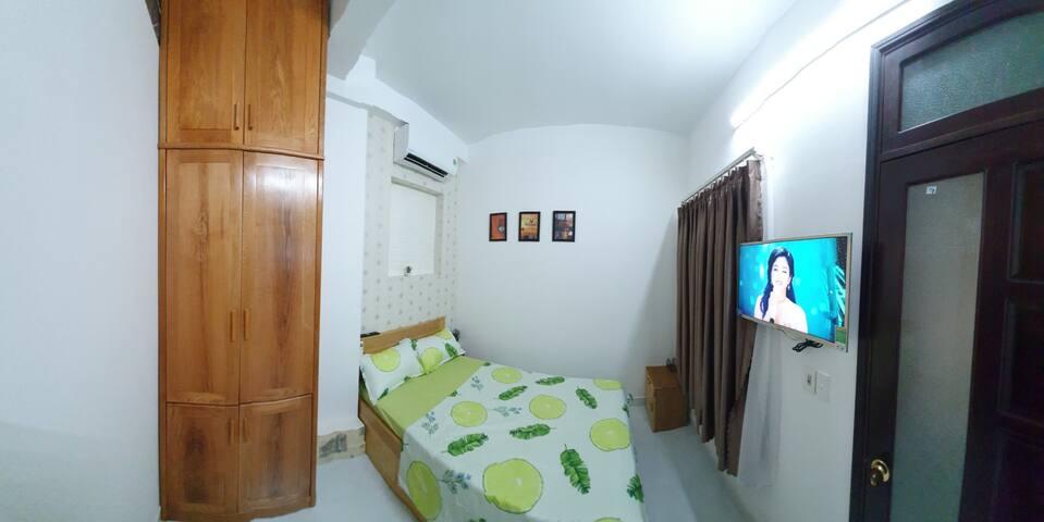 Room 555B
