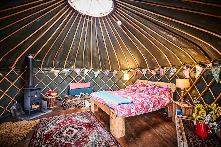 Beautiful Yurt Hideaway Mountains Sea and Woodland