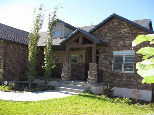 Gorgeous, Custom-Built Home Close to Everything! - South Weber - Hus