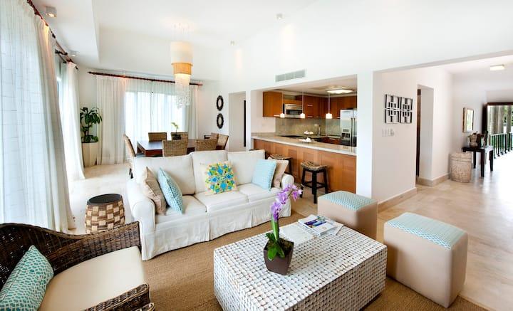 Two Bedroom Villa in Luxury Beachfront Hotel