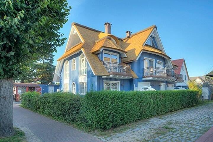 villa obendtied fw 3 wohnungen zur miete in zingst mecklenburg vorpommern deutschland. Black Bedroom Furniture Sets. Home Design Ideas