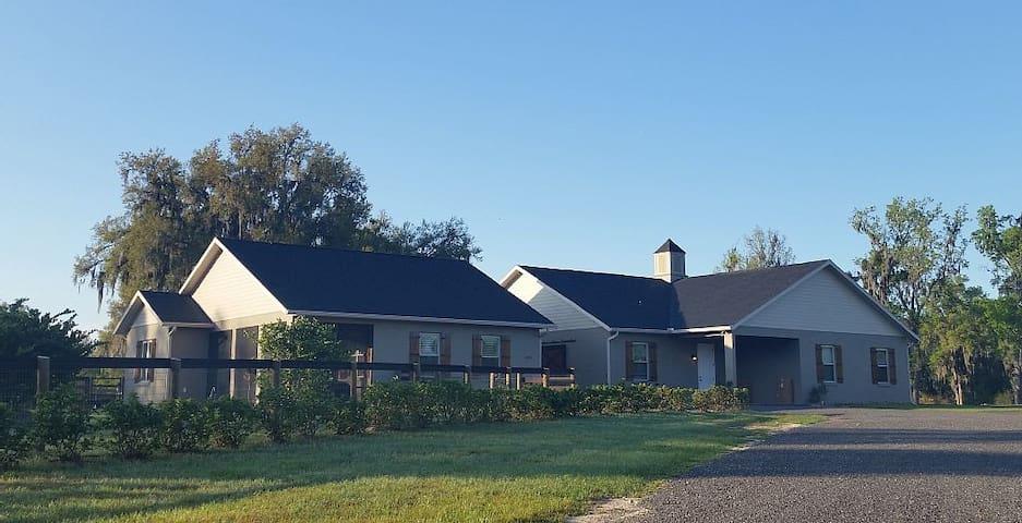 Luxury Apartment Rental on Ocala horse farm - Ocala