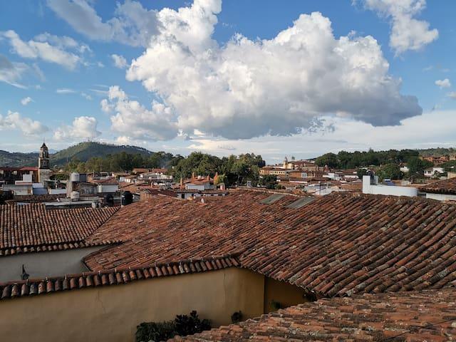 Alojate en el Corazón del Centro de Pátzcuaro #2